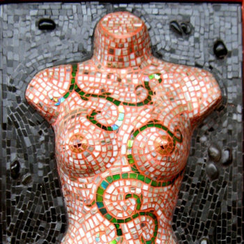 3 dimensional mosaic of Queen Guenevere's torso.