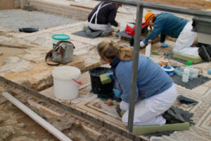 Archaeologists are repairing the mosaics of the house of the Planetarium